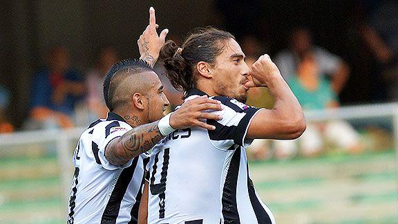 Juventus s�lo cumpli� en el estreno