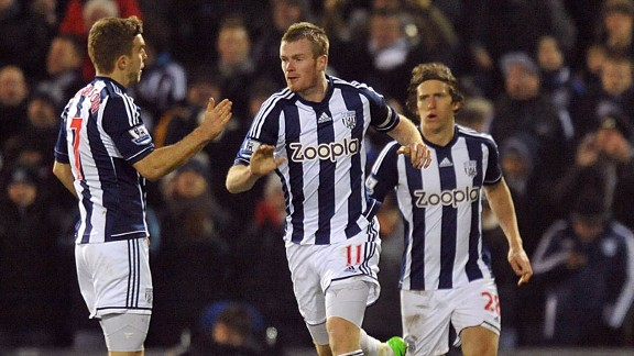 Chris Brunt celebrates after netting against Aston Villa