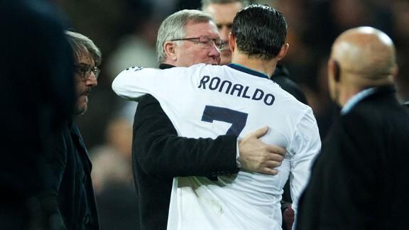 siralexfergusoncristianoronaldohug 576x324 - United won't fear Ronaldo