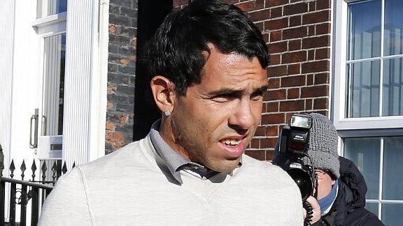 carlostevezarrivesatcourt20130403 576x324 - Tevez sentenced over motoring offences