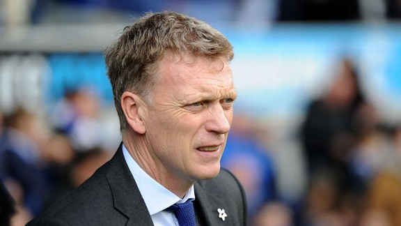David Moyes has signed a six-year contract with Manchester United