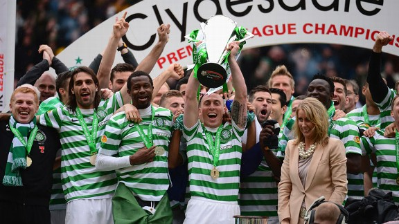 Celtic SPL title trophy celeb