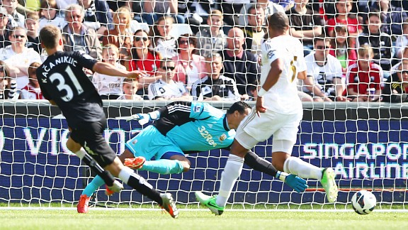 Alexander Kacaniklic puts Fulham into the lead away at Swansea