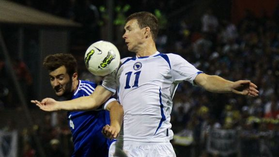 Edin Dzeko action Bosnia