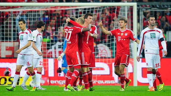 Bayern Munich celebrate after going 2-0 up against Kaiserslautern.