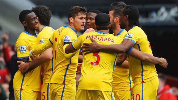 Crystal Palace celebrate after Mile Jedinak scored what proved to be the winner at West Ham from the penalty spot.