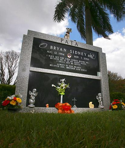 Bryan Pata's grave