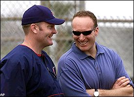 Mark Shapiro, right, with Jim Thome.