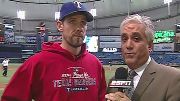 Cliff Lee. Cliff Lee talks about Game 1