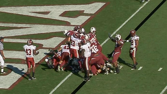 Marcus Lattimore runs for 103 yards, 3 touchdowns in 69-24 win