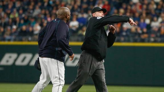 Hu_150603_deportes_Mariners_coach_ejected_0603.jpg