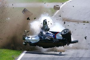 http://assets.espn.go.com/photo/2007/1029/rpm_g_kubica_crash_300.jpg
