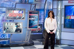 Chat Chat With Nascar Nows Nicole Manske Sportsnation Espn
