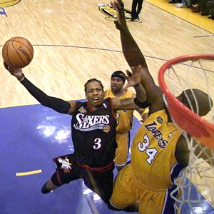 Legendarne slike NBA lige - Page 3 Nba_g_iverson_LAKERS_300