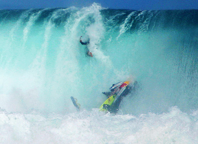 [Immagine: as_surf_wipeout_630.jpg]