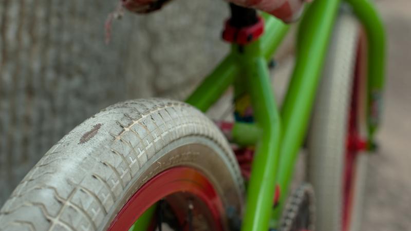 http://assets.espn.go.com/photo/2010/1006/as_bmx_rossbike7_800.jpg
