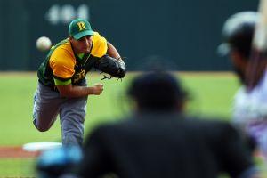 Abandona Cuba estelar pitcher Norge L. Ruiz Mlb_a_ruiz01jr_C_300x200